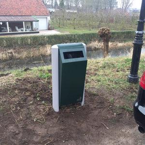 Afvalbak met rattenvangsysteem