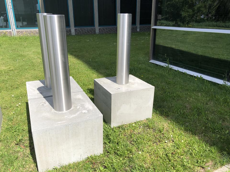 Anti-rampalen met betonblok